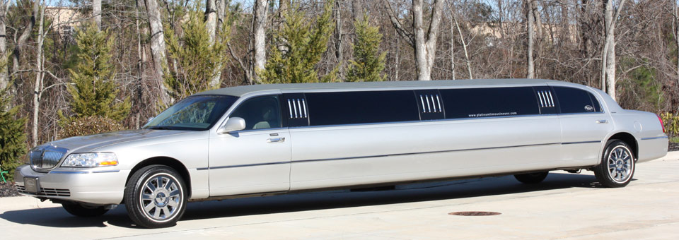 Platinum Limo S Lincoln Town Car Limousine Platinum Limousines Of